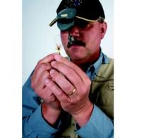 Lupa s klipem na čepici Carson TyMate OD-75 s LED a pouzdrem Carson Optical (USA)