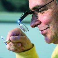 Brýle lupa (3 skla 1,5x; 2,5x; 3,5x) s LED diodou Leuchtturm